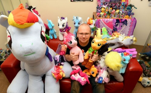 14_CATERS_BRONY_MAN_03-800x498.jpg
